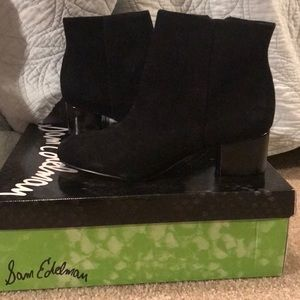 BRAND NEW SAM EDELMAN BLACK BOOTIES. Size 6